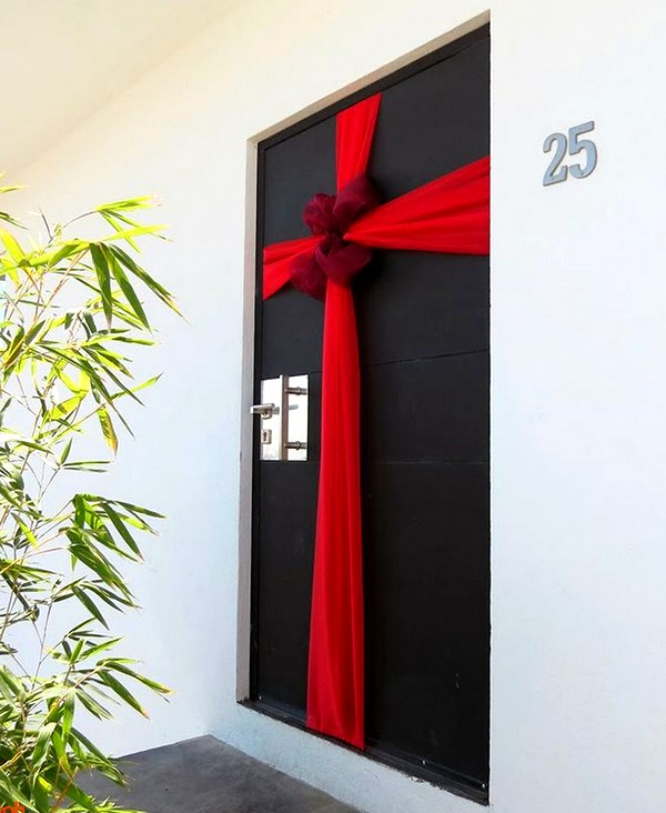 5 ideas de decoraci n navide a para oficinas On decoraciones navideñas para puertas de oficina