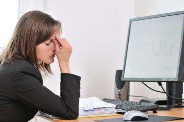 tecnología en la oficina vista cansada