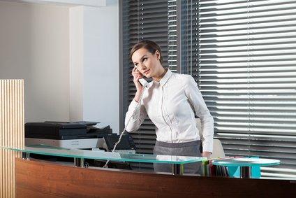 mostrador de oficina telefono