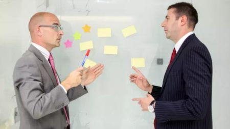 relación entre jefe y empleado asignar tareas