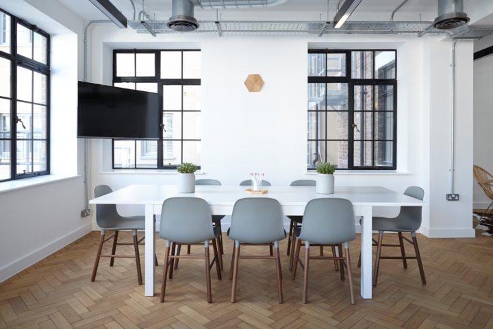 oficina de estilo industrial